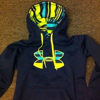 Womens Under Armor Sweatshirt