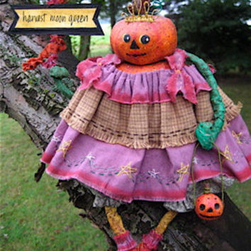 "OOAK Primitive Folk Art Pumpkin Head ""PETUNIA the Harvest Queen"" Original Design w/Handmade Crown, Banner and Pumpkin Bucket"