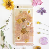 FREE SHIPPING - Limited Edition The pink daisy pressed flower bumper phone case (ピンクのデイジー押し花電話ケース)
