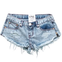 LE HUNT TRASHWHORES SHORTS - distressed low waisted denim cutoffs
