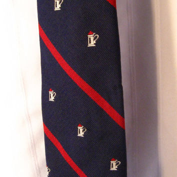1960s Prince Igor Skinny tie with Beer Steins all over. Navy Blue with Red Stripes.