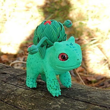 Pokemon bulbasaur figurine sculpture, bulbasaur handmade, Pokemon Eevee Evolution figure, collectible anime pokemon, green pokemon figure