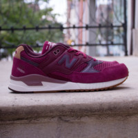 New Balance - Women's 530 Ceremonial  - Sedona Red w/ Supernova Red