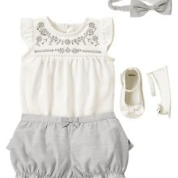 Newborn Girl Outfits, Newborn Girl Clothes at Gymboree