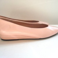 Size 7 Light Pink Flat Shoes from Pudding  by thepuddingstorevint