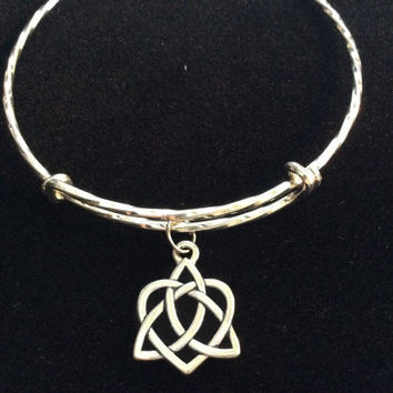 Celtic Heart on a Twisted Silver Expandable Charm Bracelet Adjustable Bangle Inspirational Meaningful