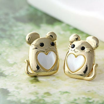 Baby Mouse Earrings Animal Lovely Heart Stud Earrings Mother of Pearl Heart Gold Plated Nickel Free