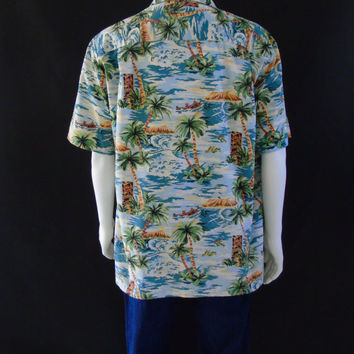 Scenic Hawaiian Shirt, Vintage Bat Bacardi Logo , Pacific Legend, Tiki Print Aloha Shirt, Men's Size XL Rum Advertising Shirt