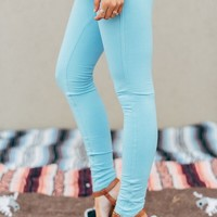 Slimming Jeggings in Baby Blue