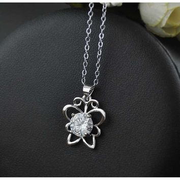 Womens Simple Cute Butterfly Crystal Chain Necklace Pendant Jewelry