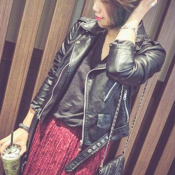 2017 New Women Soft Faux Leather Jacket Lady Motorcycel Black Slim Fit Turn-down Collar PU Biker Outerwear Coat with Belt