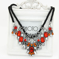 2015 Hot Necklaces Pendants Women Statement Necklace Trendy Colar Choker Necklace Crystal Flower Pendant For Party Gift Wedding