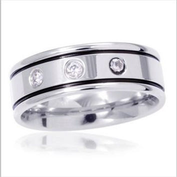 Mens Austrian Crystal Wedding Band Ring in Stainless Steel (Size 11)