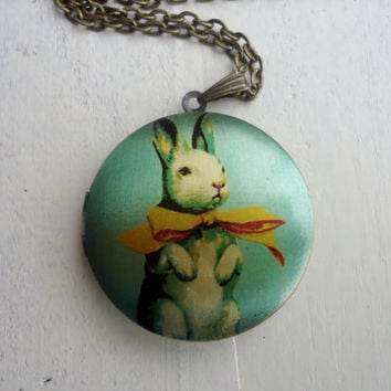 Locket little Rabbit FREE SHIPPING Antique brass Photo Locket 33 mm Photo locket Valentine safe your photo or secret into this cute locke