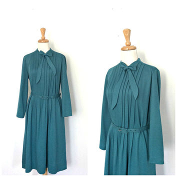 1970s Secretary Dress - sea foam green - pintuck - Diane Roberts - pussybow - long sleeve - work dress - knee length - Large