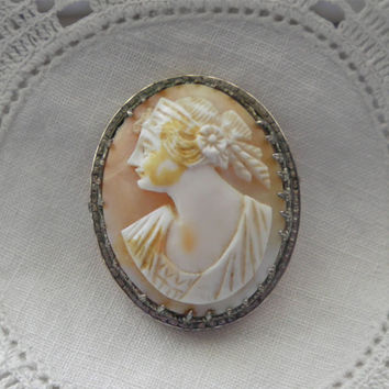 Antique Edwardian Shell Cameo in Silver Frame c. 1900