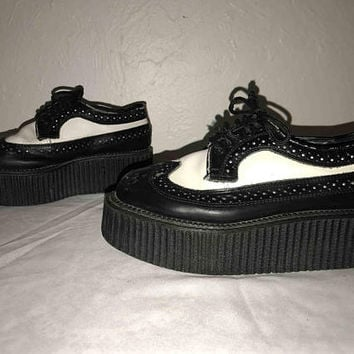 "Vtg 90s DEMONIA Black and White Platform CREEPERS / Gothic Punk Grunge Alt Rockabilly Oxford Shoes / Genuine Leather / High 2"" Platforms"