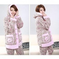 Fashionable and Comfortable Coralon Leather Hooded Sleep Wears China Wholesale - Sammydress.com