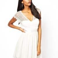 Elise Ryan Skater Dress with Scallop Back