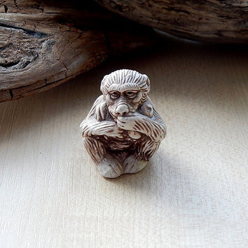 Monkey netsuke, Monkey figurine sculpture, netsuke figurine, miniature animal, japanese Monkey, collectible figurine gift idea, Monkey totem