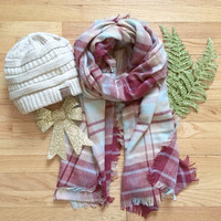 Cozy Plaid CC Beanie Gift Set
