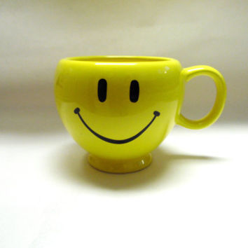 Smiley Face Happy Cup Mug Large Coffee Cup