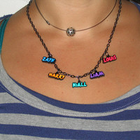 One Direction - Boy's Names - Necklaces or bracelets  - Collares, pulseras, brazaletes