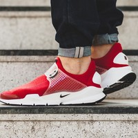 "Sock Dart ""Gym Red"""