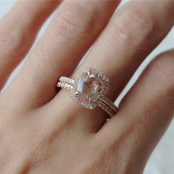 Charmant 14K Rose Gold 7x9mm Oval Pink Peach Morganite Engagement Ring Diamond Halo Wedding  Ring Set