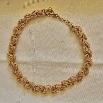 Crown Trifari Necklace, Collar Necklace, Textured GoldTone,Link Necklace, Vintage Necklace, Costume Jewelry, Vintage Jewelry