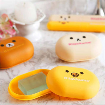 Free shipping 1pcs lovely Bear Pattern Home travel Soap Dishes waterproof leakproof soap holder soap box with Cover bathroom set