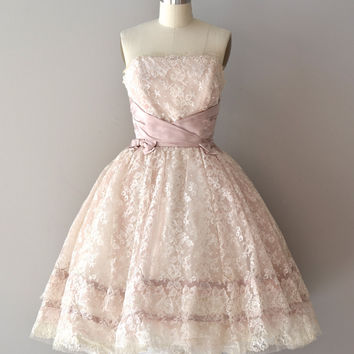Strapless Vintage Style Short Lace Formal Dress with Bows