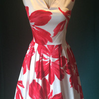 Summer dress, floral dress, red and white dress, vintage style dress, cocktail dress, party dress, prom dress, flattering dress, dress