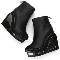 Metal Decoration Shape Heeled Lether Boots | Choies