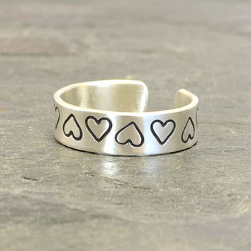 Sterling Silver Heart Toe Ring for Spreading the Love – Solid 925 TR4642