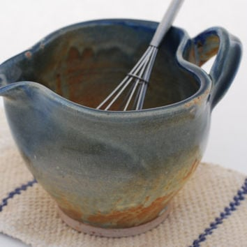 Batter Bowl ceramic mixing bowl Blue/grey with white , 34 oz bowl, handmade by Elena Madureri at Ceramica Latina