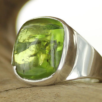 Peridot silver ring. Size 7.75. Natural stone