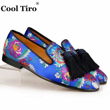 Cool Tiro Jacquard Canvas Slippers Men Loafers Silk Tassels Men's Flats Wedding Dress Shoes Leather Smoking Slip on Moccasins