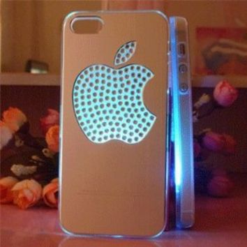 Flash Light Case Cover for Apple Iphone 5 LED LCD 7 Color Change - Aluminum Big Diomand Apple + a Screen Protector and a Stylus As Gifts - Silver White