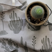 Cactus Linen / Cotton Blend Tea Towel in Moss