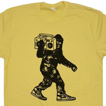 Bigfoot Stereo T Shirt Sasquatch Record Player Shirt Vintage Hip Hop 80s Tees