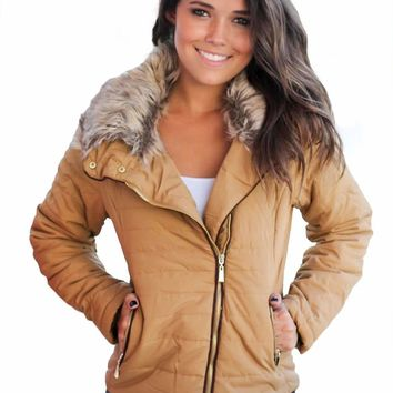 Camel Faux Fur Collar Trim Black Quilted Jacket