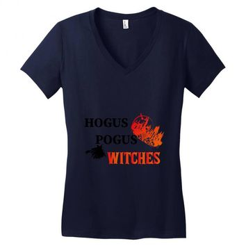 hogus pogus witches Women's V-Neck T-Shirt
