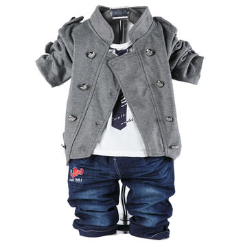 Stylish 3 piece Casual Suite coat t-shirt and jeans fall & winter