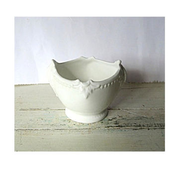 White porcelain. Bone china. English china. White bowl. Small bowl. China bowl. Coalport bone china countryware bowl. True vintage.