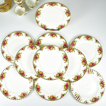 """Royal Albert, Old Country Roses (10) 8 1/4"""" Luncheon Plates w/ Storage Bag"""
