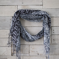 Making it Work Scarf- Black/white