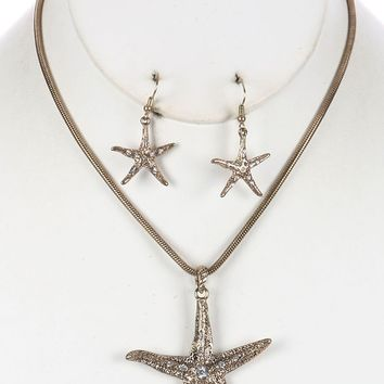Gold Aged Finish Metal Starfish Pendant Necklace And Earring Set
