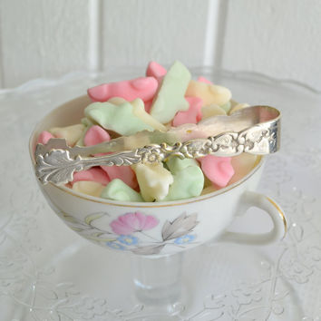 Candy sugar tong ornate wedding table by GrannyHannasCottage