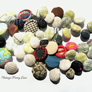 Vintage Button Lot, Fabric Covered, Salvaged / Sewing